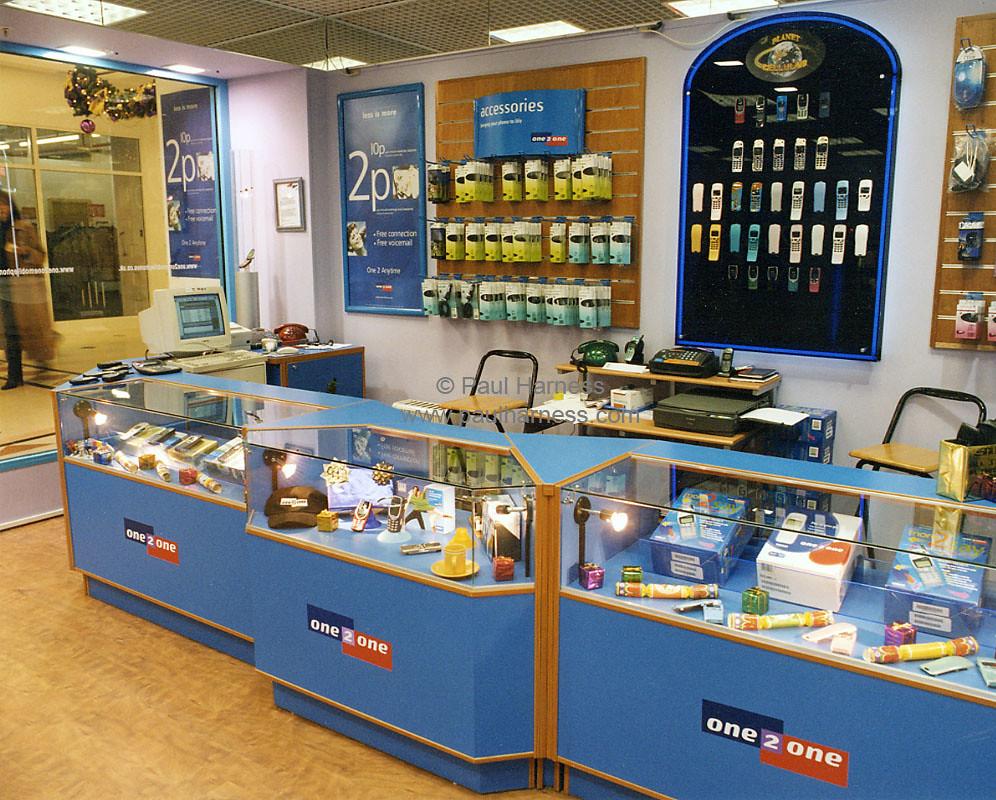 Mobile Shop Interior Design Instainterior Us