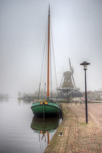 Woudsend; Boat and windmill on a misty day | by klaash63