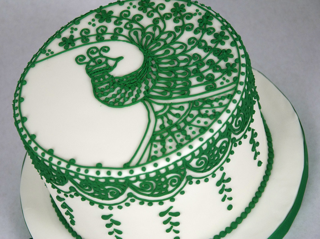 W9040 Piped Peacock Henna Cake Toronto W9040 A White F Flickr