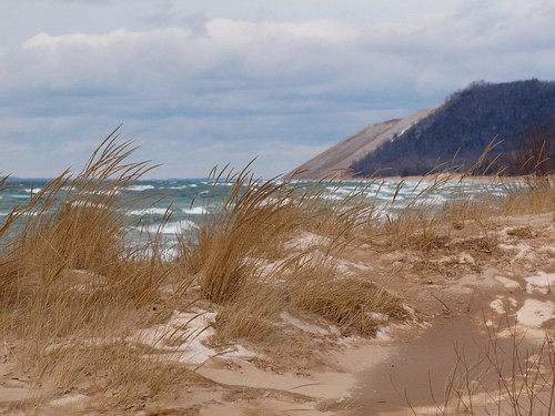 The mighty Sleeping Bear sand dune . . . | by Dr. Farnsworth