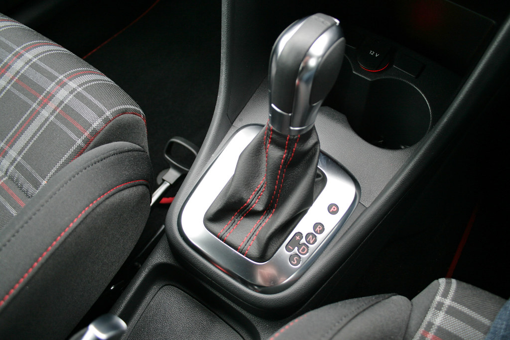 Volkswagen Polo Gti Dsg 7 Speed Dsg Gearbox Is The Only Tr Flickr