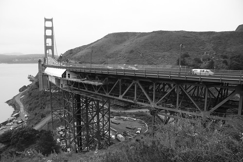 how to get to golden gate bridge from bart