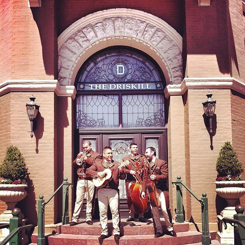 Mariachis | by Thoughtbrain