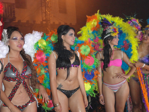 Image result for fotos de carnaval en ecuador