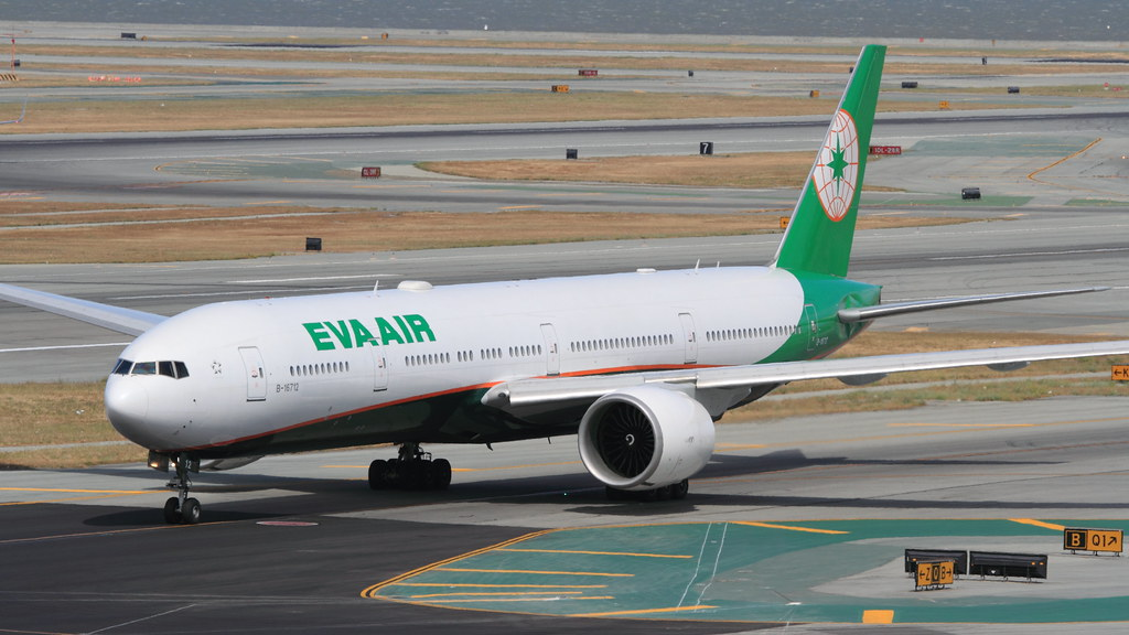 ... EVA Air (B-16712) | by A Sutanto