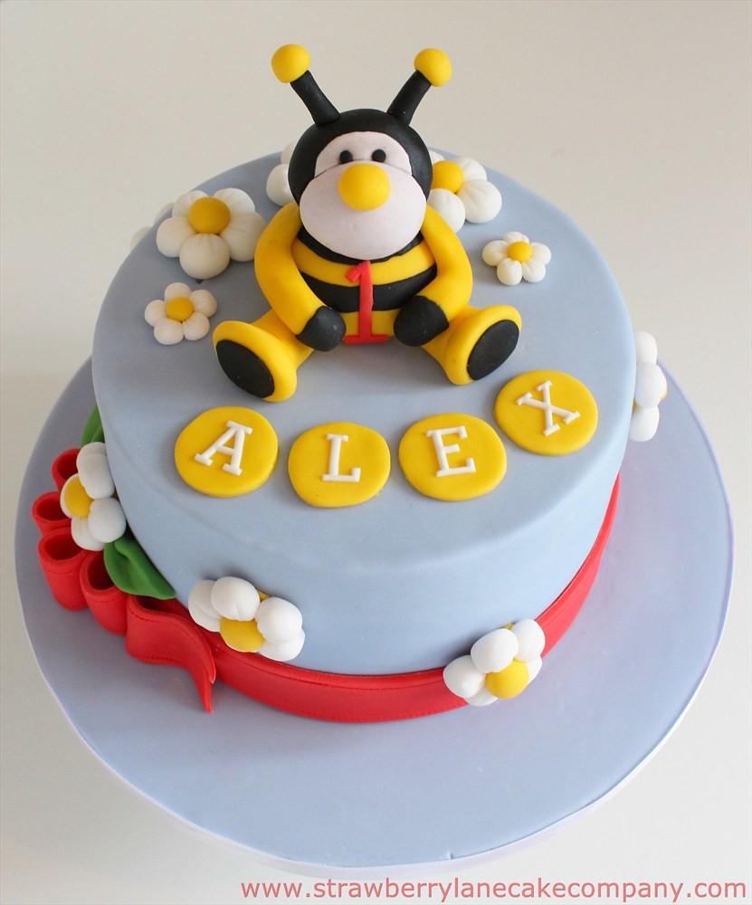 Bumblebee Themed 1st Birthday Cake The Babys Mum Sent Me Flickr