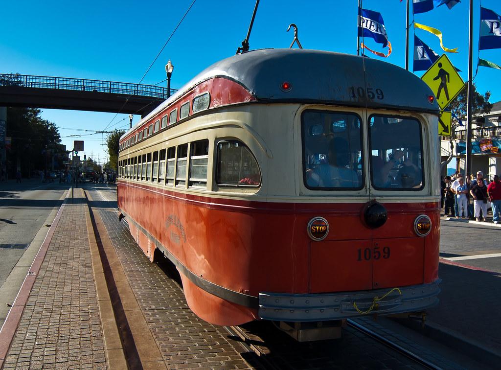 USA / California / San-Francisco / Red Tram 02