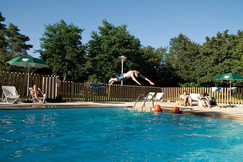 Camping indigo de lyon piscine camping indigo r for Camping queyras piscine