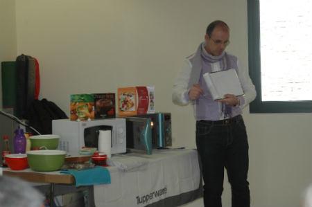 Cocina con microondas parla 50 mayores de parla aprenden - Cocina con microondas ...