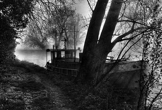 Thames Path, Sonning | by marty_pinker