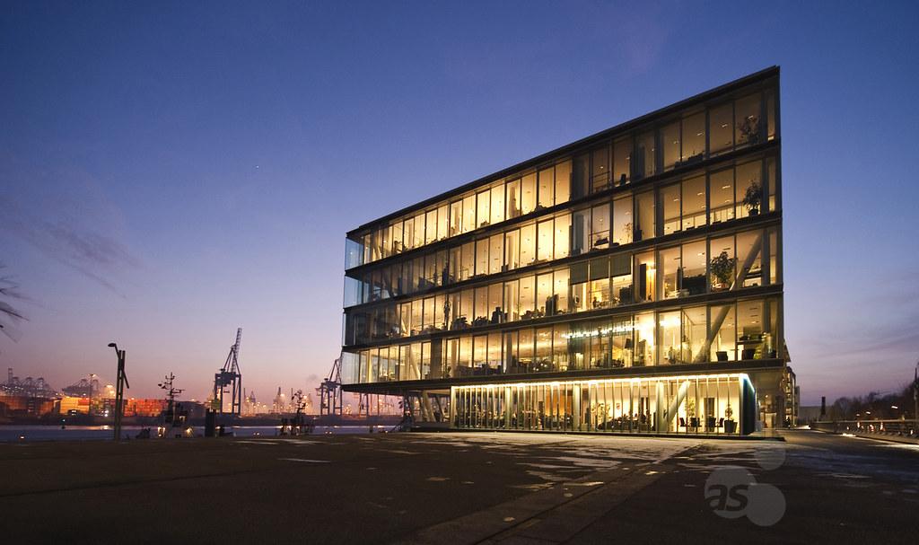 modern office building, Hamburg, Germany | Neumuehlen, moder… | Flickr