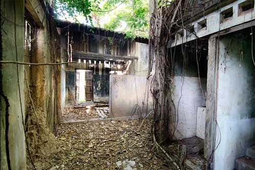 Derelict Building in Kralanh, Siem Reap | by Chea Phal