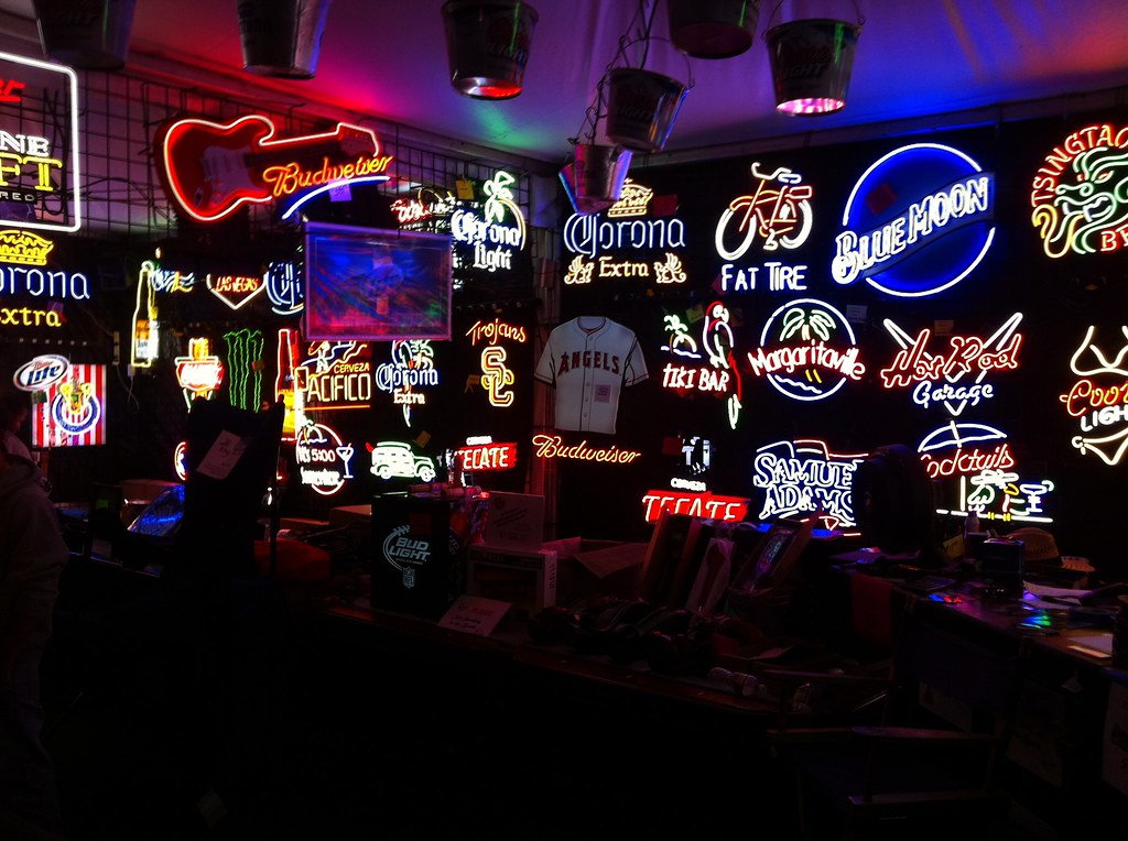 Bucknashtybiz neon beer signs for sale neon beer sig flickr bucknashtybiz neon beer signs for sale by neon beer signs mozeypictures Image collections