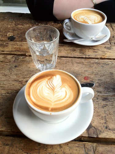 Flat White (front) and a Latte from St. ALi | by mr.eion