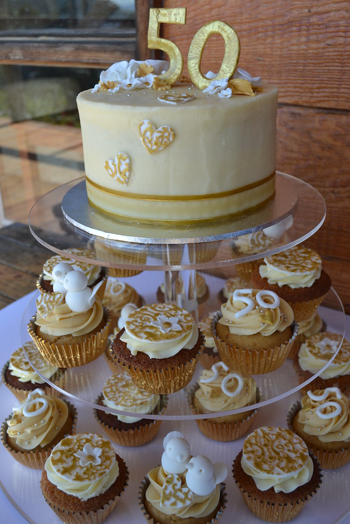 golden wedding cake with cupcakes cupcake towers flickr 14779