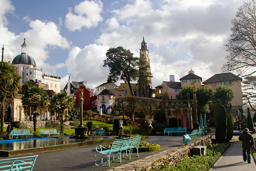 Portmeirion -The Piazza | by EionaR.
