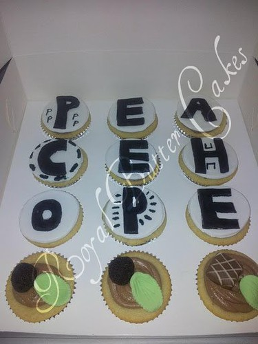 Vanilla cupcakes with fondant letters | CUPCAKES: For cupcak ...