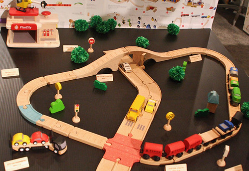 Plan Toys Train Set 64