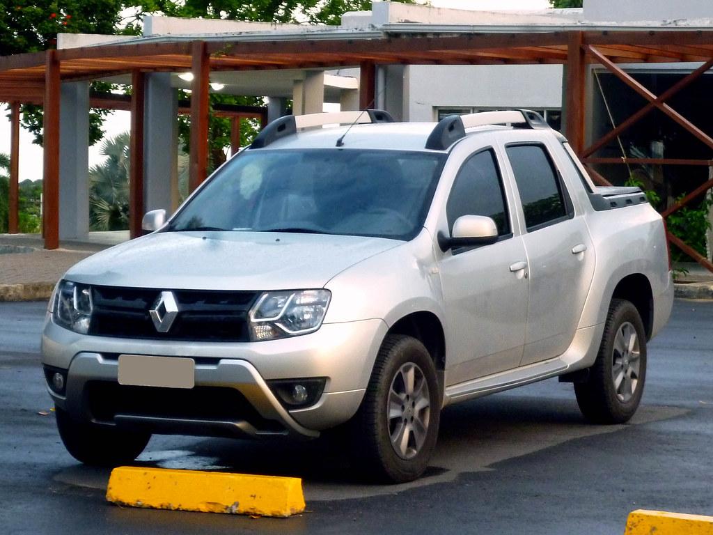 Renault Oroch Dynamique 2 0 2015 Www Automovelbrasil Com L Flickr