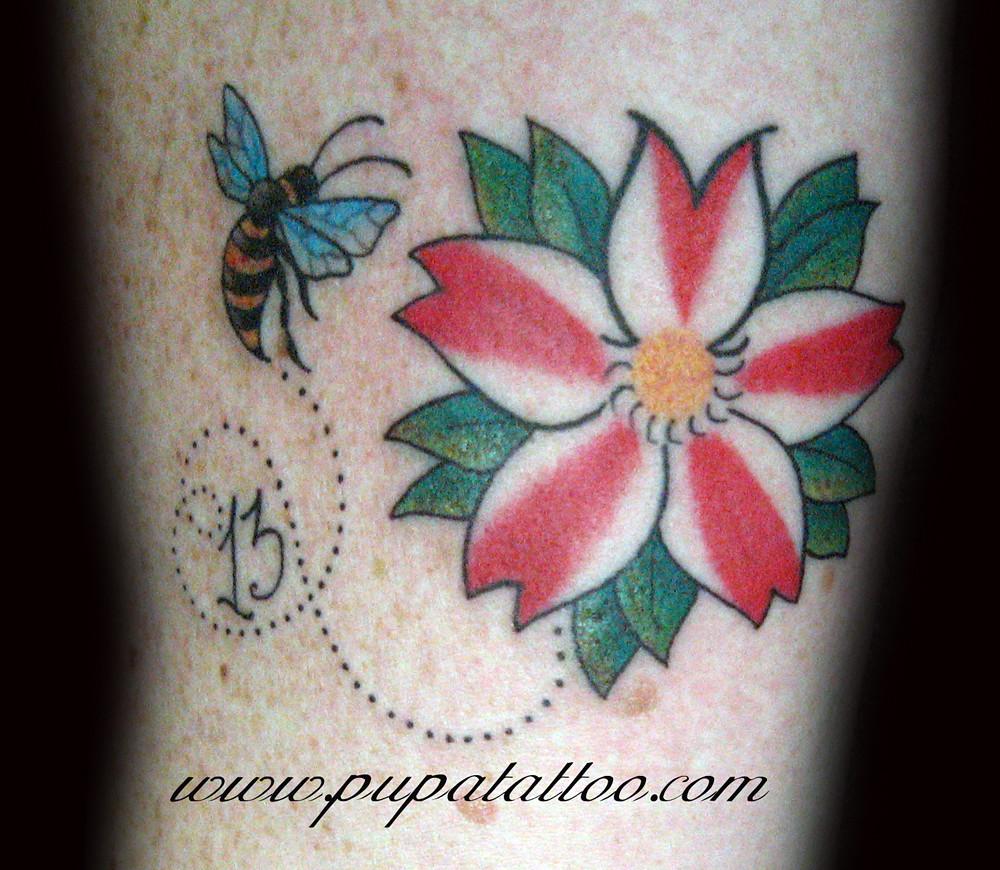 Tatuaje Flor De Cerezo Pupa Tattoo Granada Pupa Tattoo Art Flickr