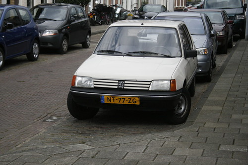 peugeot 205 xe date of birth 31 10 1985 timvanessen flickr. Black Bedroom Furniture Sets. Home Design Ideas
