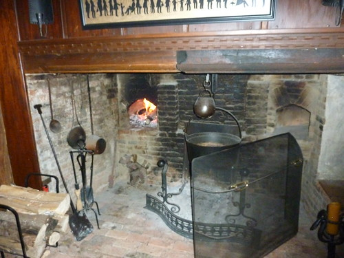 Hot brick oven, fire and flames - Inglenook Oven - January 2012 | by snowlight
