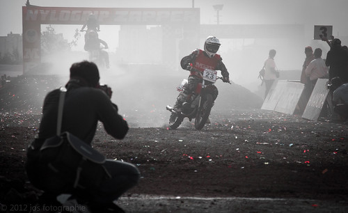 India off road 2012 Amanora Park town | by lichtflits