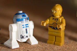 lego macro 007-20120212 | by Roger's Eye <(r)>