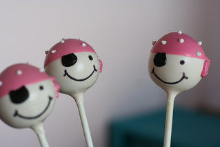 Pirate Cake Pops with Pink bandanas | by Sweet Lauren Cakes