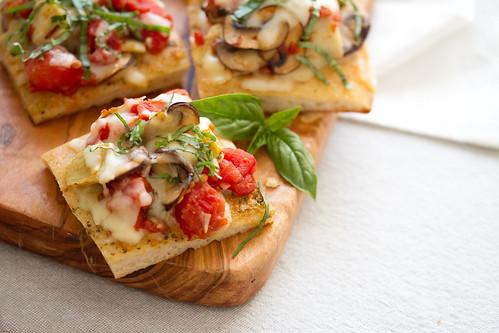 Tomato-Mushroom Focaccia Bites