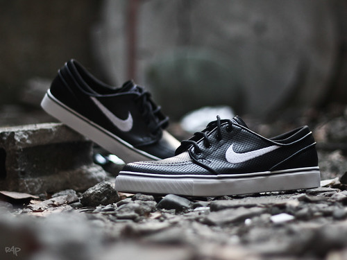 Nike SB Zoom Stefan Janoski Black Perforated | by TR!C