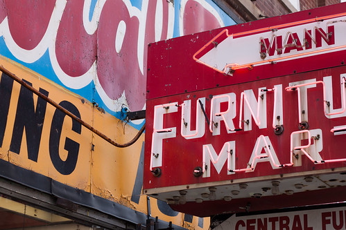 North Milwaukee Furniture Stores [71 366]