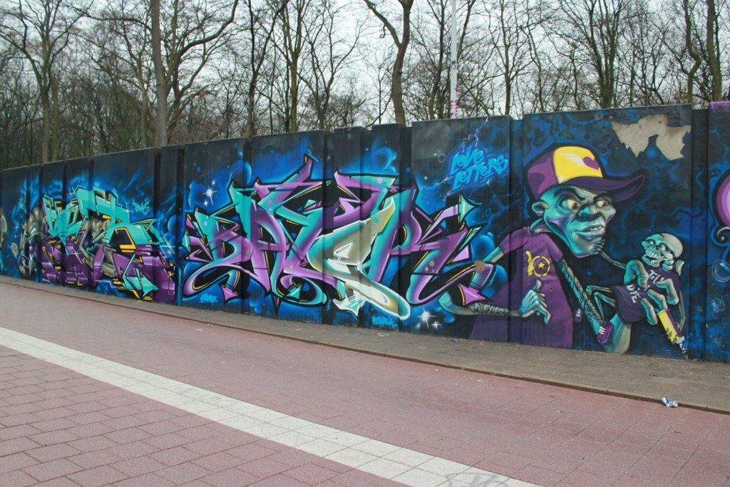 graffiti by biser, chas, ozer, nash & dater (love letters … | flickr