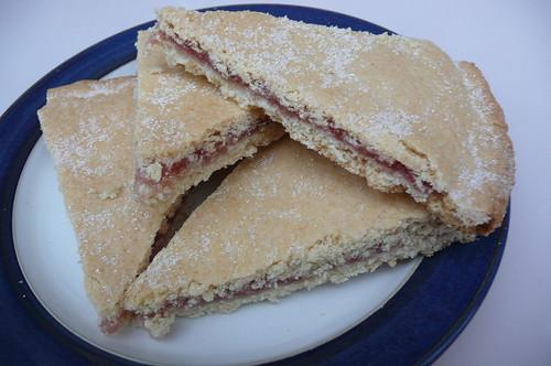 Jelly Cake Recipe Easy: Easy Jam Cake From The Cake Recipe