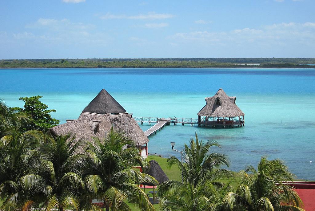 Risultati immagini per laguna bacalar yucatan