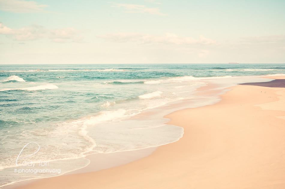 Vintage Beach II