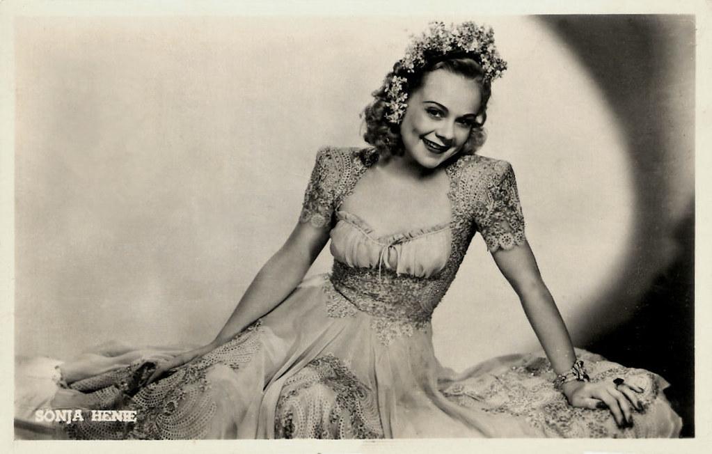 Hollywood Ice Revue program 1953 Barbara Ann Scott - Carol Lynne