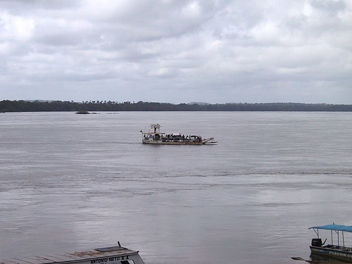 Ferry across the Tocantins river | by Frans Harren