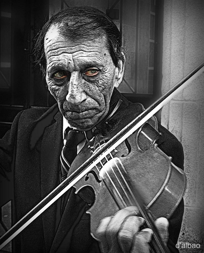 Listen to my sad melody | Escucha mi triste melodía  www you… | Flickr
