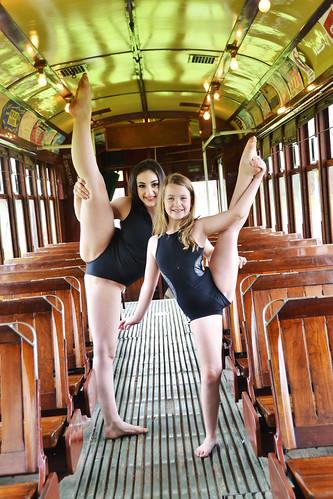 TRAIN2dancers1