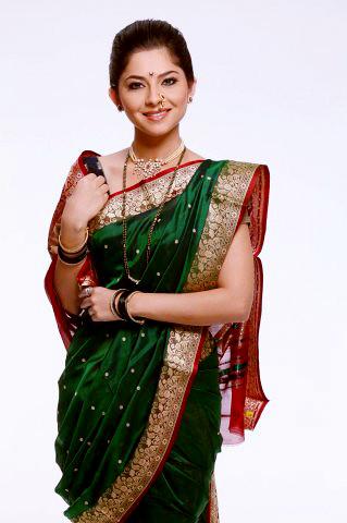 sonalee kulkarni photos marathi