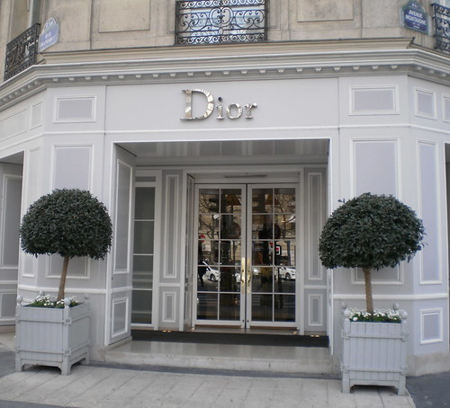 fashion houses paris france dior avenue montaigne in th flickr. Black Bedroom Furniture Sets. Home Design Ideas