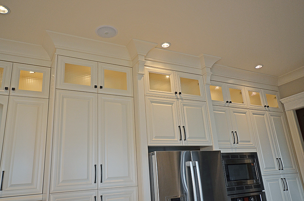 Crown Molding On Top Of Kitchen Cabinets How To Install Crown Molding On Kitchen  Cabinets.