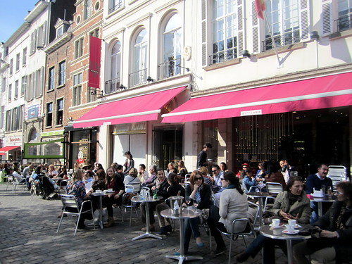 Cafe La Vita Warburg