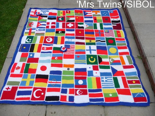 100 Squares flew in from 'akarapacha' (USA) Thank you so much. All 6 | by MRS TWINS/SIBOL 'Sunshine International Blankets