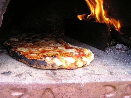 Forno a legna per uso domestico pizza party produzione e v flickr - Forno per pizza domestico ...