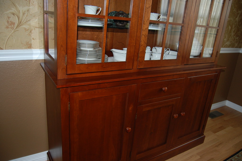 ... Ethan Allen China Cabinet And Buffet | By Snowysale