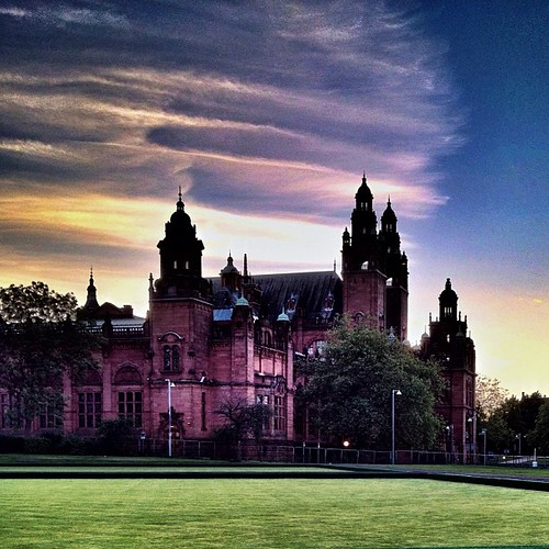 Kelvingrove Park at dusk | by And all that Malarkey