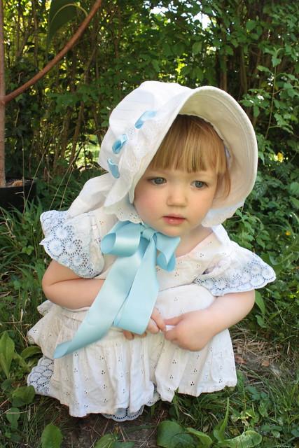 Bonnet 1895 pour petite fille