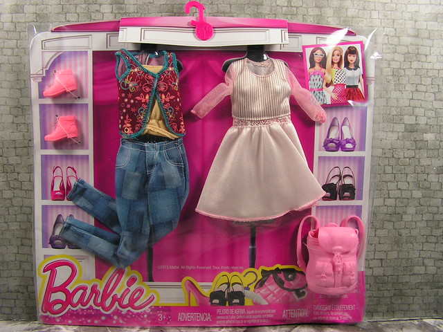 2015 Barbie Fashion DMF57